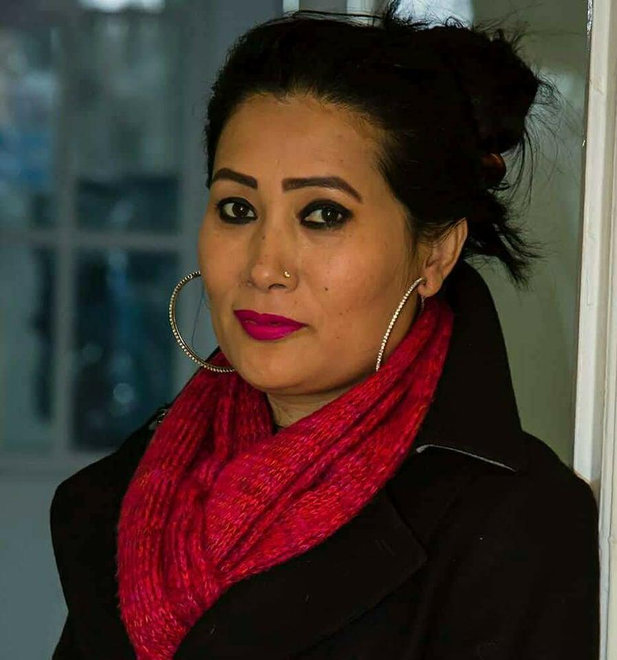 राखी गौचनका दुईवटा आधुनिक गीति एल्बम बजारमा