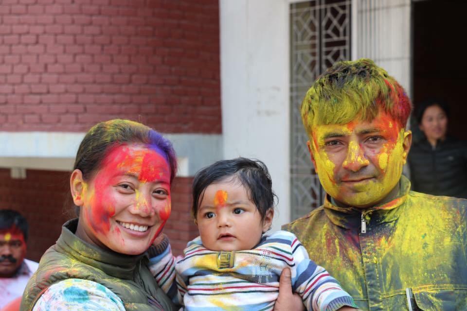 'तिमी साथ थियौ र पोयी रंगहरू जस्तै रंगीन थियो मेरो जीन्दगी' ..-माओवादी नेतृ बिना मगर स्वर्गीय श्रीमान् लाई सम्झिदैं
