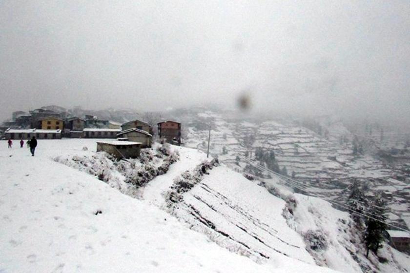 हुम्लामा फेरि हिमपात