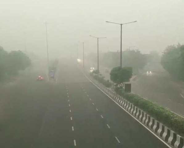 दिल्लीको धुलोले तराई प्रदूषित
