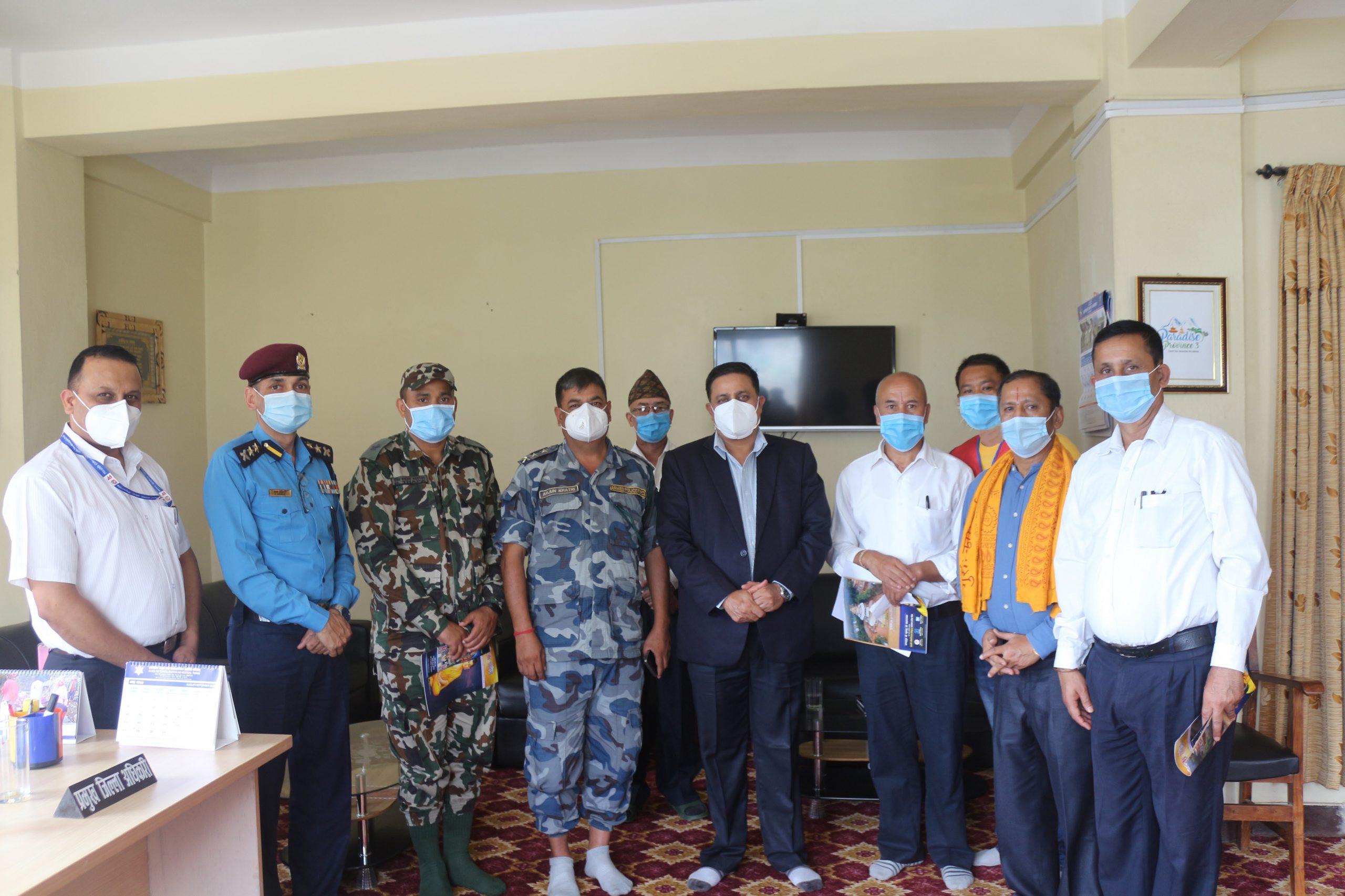 श्री राधामाधव समिति नेपालद्वारा बाढी पहिरो पीडितलाई राहत सेवा हस्तान्तर